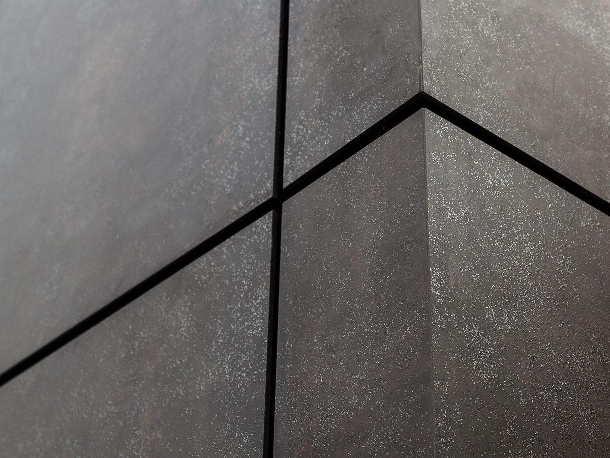 neolith facade closeup 1